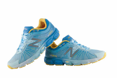 disney-running-shoe-new-balance-2014