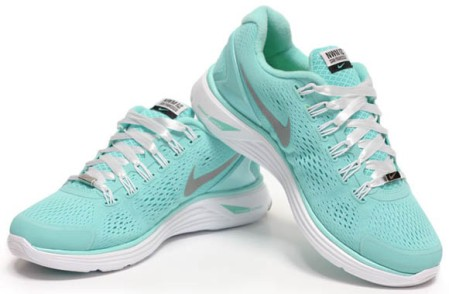 Nike-Womens-Marathon-Lunarglide+-4-1